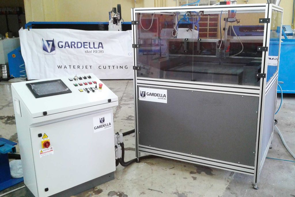 Gardella srl - Miniwaterjet 1