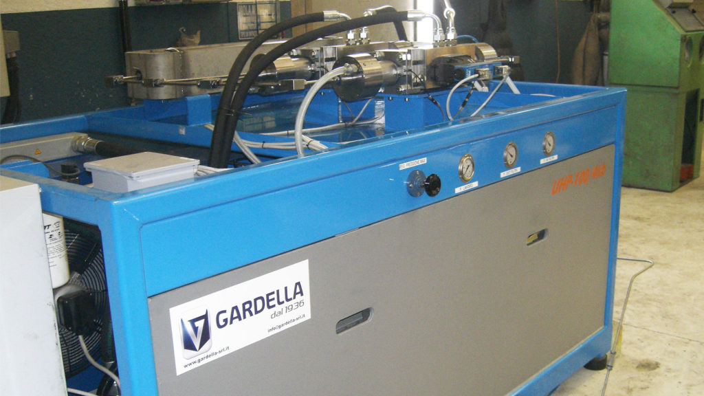 Gardella srl - UHP Pump 100